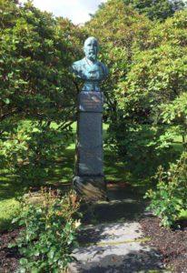 Hansen's grave in Norway / Bruce Meyer