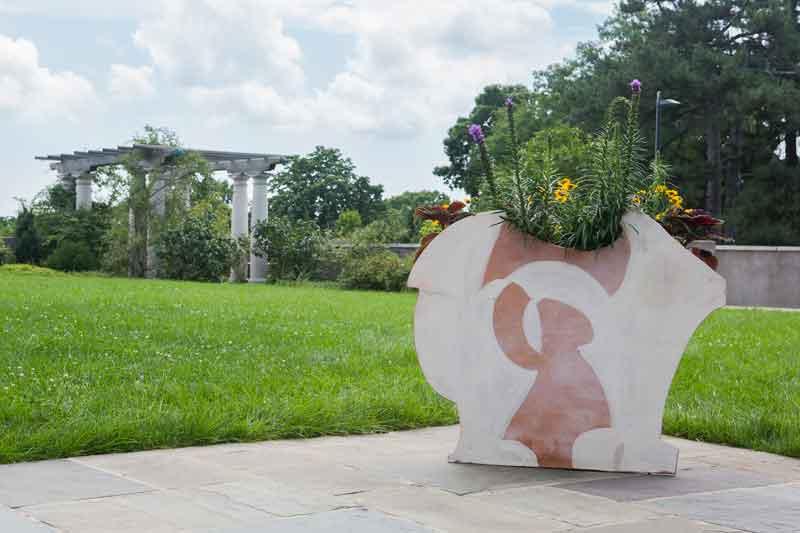 Betty Woodman sculpture