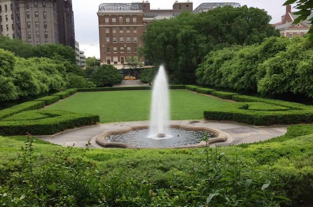 New York City\'s Secret Garden | Garden Destinations Magazine