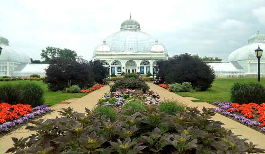 Buffalo and Erie County Botanical Garden